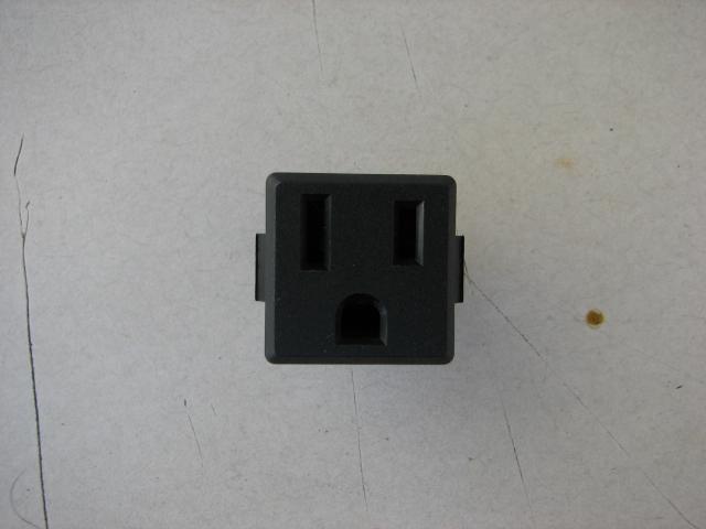 Power Nema 5 15 : Qualtek nema power receptacles a vac lot of