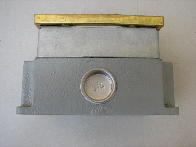 Steel city 641 concrete tight cast iron floor box ebay for Steel city floor boxes