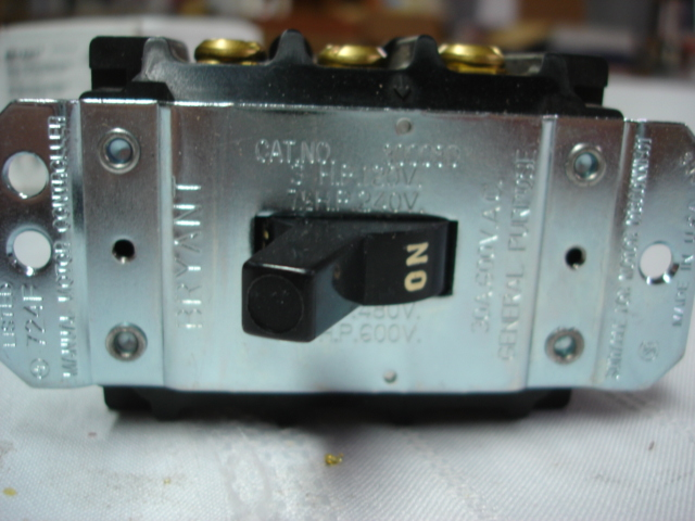 Bryant electrical 1 phase 3 pole 30 amp toggle motor for 3 phase motor starter switch